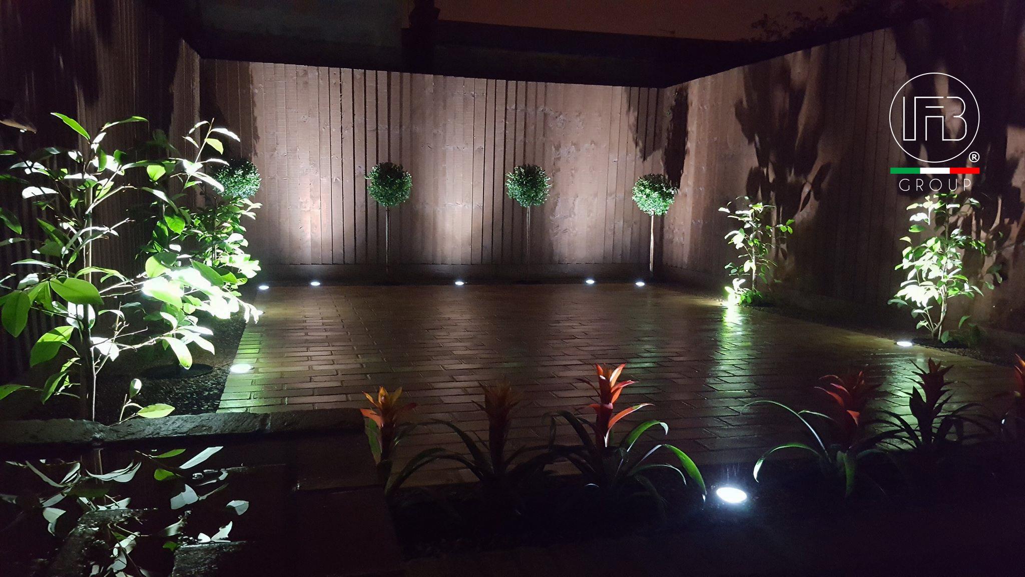 Garden Light Night